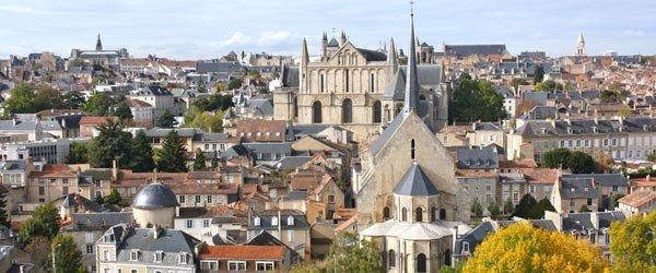 Un séminaire à Poitiers, la ville aux 100 clochers - 1