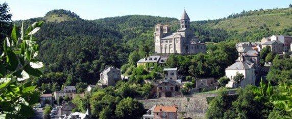 Un séminaire à Saint-Nectaire au milieu des volcans d'Auvergne